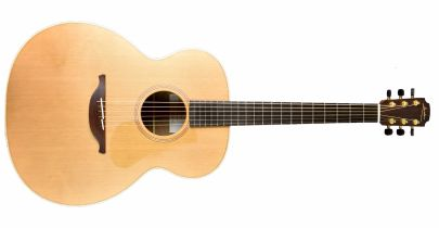 Pre-Owned Lowden O-23 Natural
